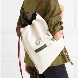 🆕 Gucci Logo leather Backpack 🎒